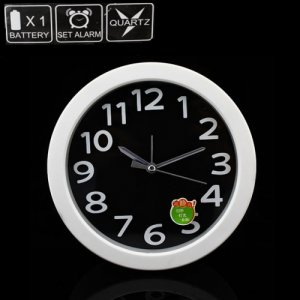 HD 30FPS Wall Clock DVR with Remote Control and Built-in 4GB Memory