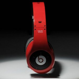 Beats By Dr Dre Studio Wireless Bluetooth Over-Ear Red Headphones